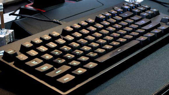 """Logitech Pro """"Width ="""" 580 """"Height = """"326"""" data-mycapture-src = """"https://www.gannett-cdn.com/media/2017/07/23/USATODAY/usatsports/logitech-keyboard-body.jpg""""/><meta itemprop="""