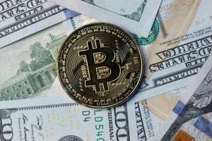 Liquidity and volatility cryptocurrencies