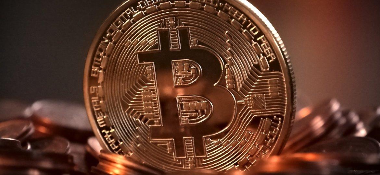 bitcoin-2007769_1920-1