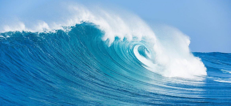 wave-ocean-water-ss-1920.jpg